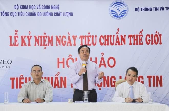 """Ông Trần Văn Vinh - Tổng cục trưởng Tổng cục TCĐLCL chủ trì thảo luận tại Hội thảo """" Tiêu chuẩn tạo dựng lòng tin"""""""