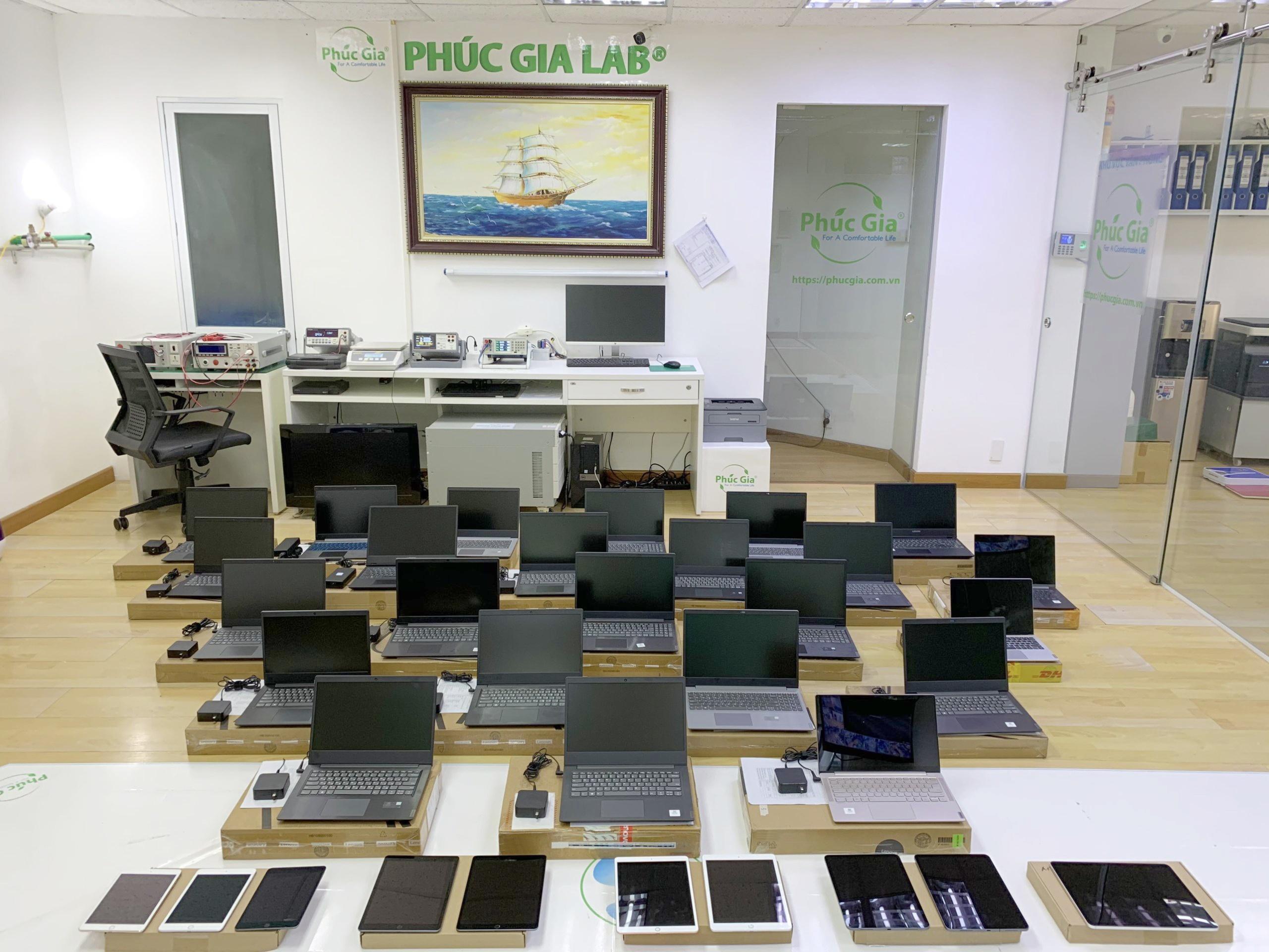 Tiếp nhận mẫu máy tính bảng, ipad